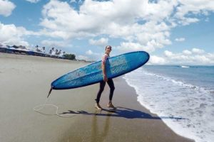 surf school canggu